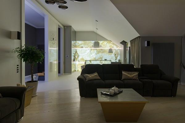Gdansk modern apartment sofa