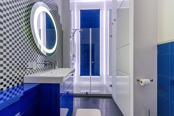 Gdansk modern apartment bathroom